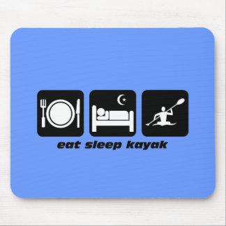 coma o caiaque do sono mouse pad