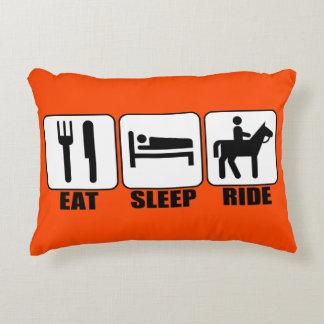 Coma o passeio do sono o travesseiro de um almofada decorativa