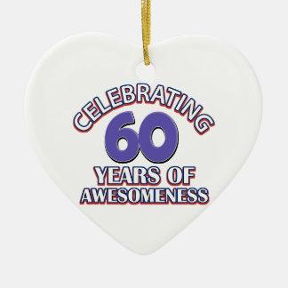 Comemorando 60 anos ornamento de cerâmica coração
