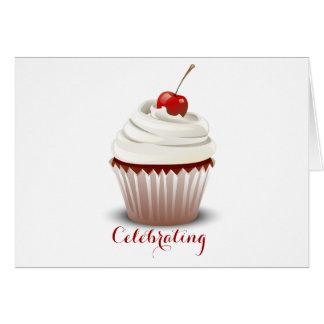Comemorando O cartão de aniversário