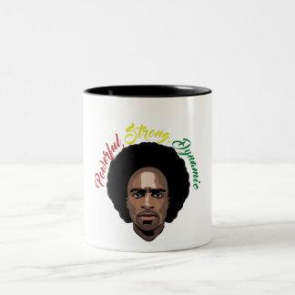 Comemore a caneca de café do homem negro