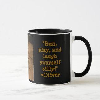 Comendo o café com Oliver Caneca