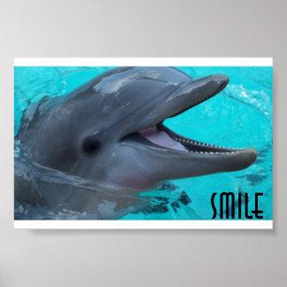Compartilhe do sorriso de um golfinho poster