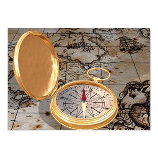 Compasso antigo em convites de um mapa