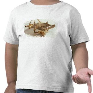 Compasso do contorno camisetas