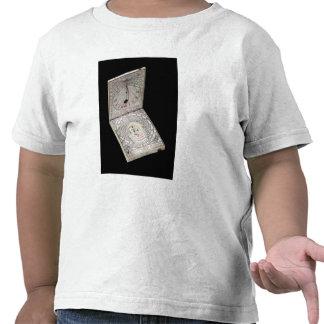Compasso Lidded, 1627 Camisetas