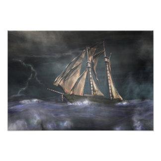 Competindo a tempestade impressão de foto