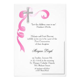 Comunhão cor-de-rosa da cruz da fita convite personalizados