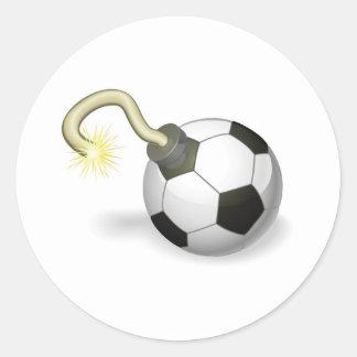 Conceito da bomba da bola de futebol adesivo