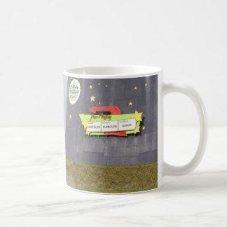 Conduza dentro caneca de café