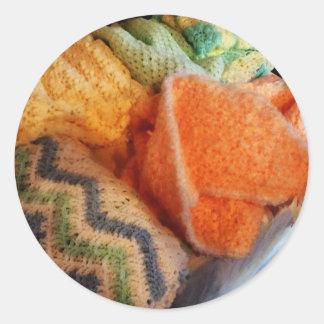 Confecção de malhas para o bebê adesivo redondo