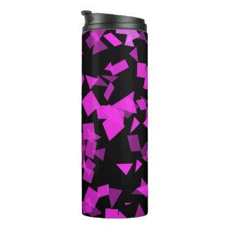 Confetes cor-de-rosa brilhantes no preto