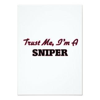 Confie que eu mim é um atirador furtivo convite 12.7 x 17.78cm