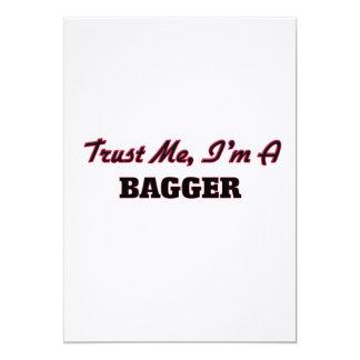 Confie que eu mim é um Bagger Convite Personalizados