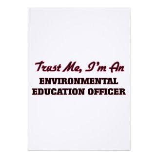 Confie que eu mim é um oficial da educação convite personalizados