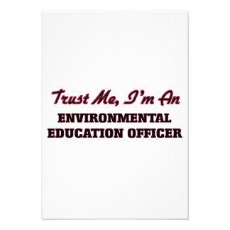 Confie que eu mim é um oficial da educação convites personalizados