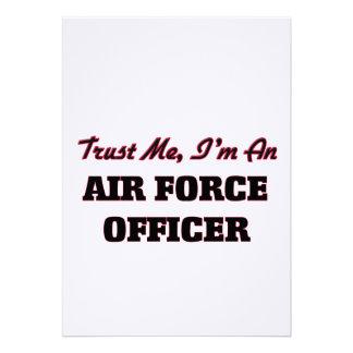 Confie que eu mim é um oficial de força aérea convite personalizados