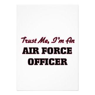 Confie que eu mim é um oficial de força aérea convites
