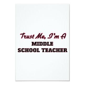 Confie que eu mim é um professor de escola convites personalizados