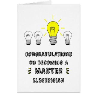 Congrats em transformar-se um eletricista mestre cartão comemorativo