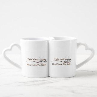Conjunto De Caneca De Café As mães & os pais gêmeos precisam duas vezes o