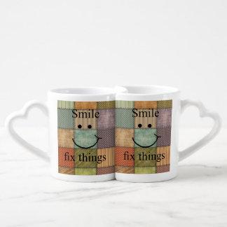 Conjunto De Caneca De Café Coisas do reparo do sorriso