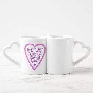 Conjunto De Caneca De Café O amor faz seu rastejamento da alma para fora