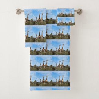 Conjunto De Toalhas Família do girafa na cume gramínea