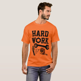 Construção do trabalho duro camiseta
