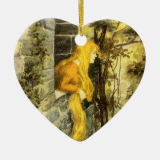 Conto de fadas do vintage, Rapunzel com cabelo Ornamento De Cerâmica Coração
