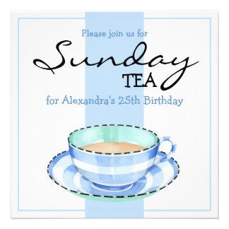 Convite azul branco do aniversário do Teacup branc