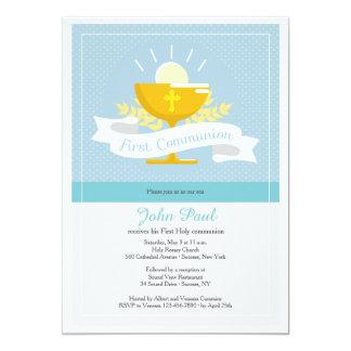 Convite azul de Polkadot do primeiro comunhão