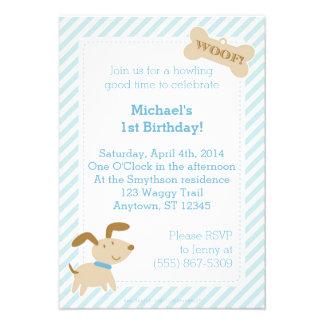 Convite azul do cão de filhote de cachorro com lis