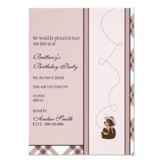 Convite bonito da xadrez do rosa do urso de Brown Convite 12.7 X 17.78cm