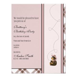 Convite bonito da xadrez do rosa do urso de Brown