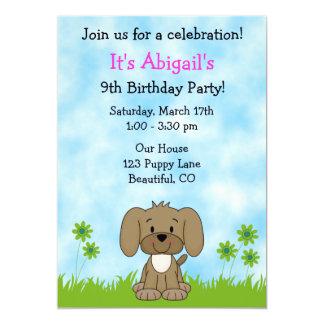 Convite bonito do aniversário do cão de filhote de