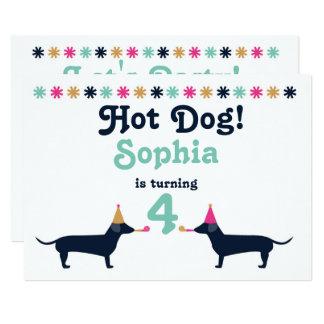 Convite bonito do aniversário do cão do Wiener do