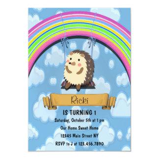 Convite bonito do aniversário do ouriço