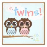 Convite bonito do chá de fraldas dos gêmeos das co