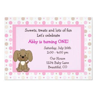 Convite bonito do primeiro aniversario do cão de