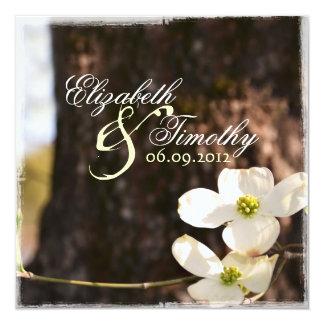 Convite bonito v3 do casamento do Dogwood