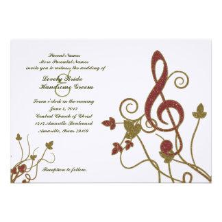 Convite branco do casamento da música do ouro verm