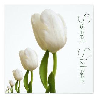 Convite branco do doce dezesseis das tulipas