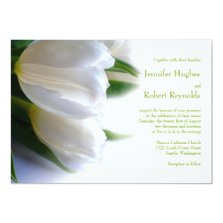 Convite branco formal do casamento