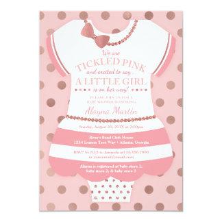 Convite cor-de-rosa agradado do chá de fraldas,
