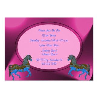Convite cor-de-rosa bonito dos cavalos do