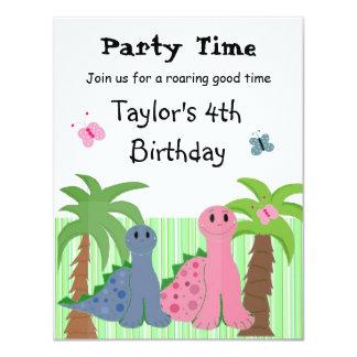 Convite cor-de-rosa do aniversário do dinossauro