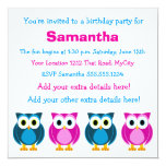 Convite cor-de-rosa e azul bonito do aniversário