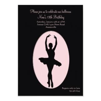 Convite da bailarina do lugar central