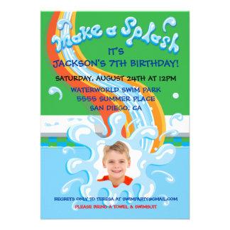 Convite da festa na piscina do parque da corrediça